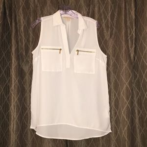Michael Kors white sleeveless blouse. Gold zippers